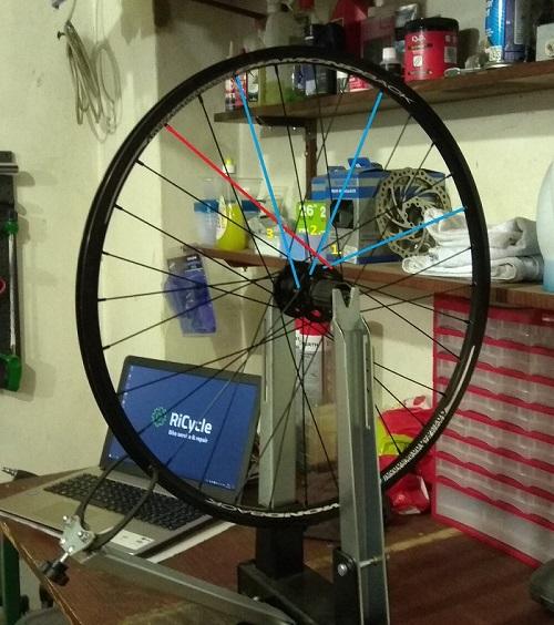 Pletenje kotača bicikla